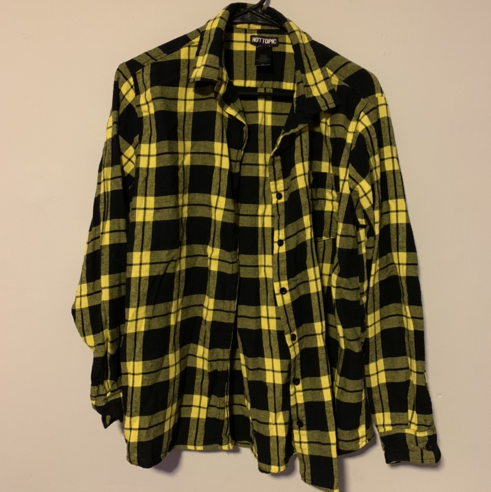 Product Image 1 - ☆ yellow hot topic flannel ☆