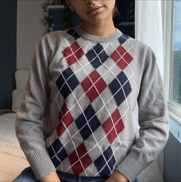 Product Image 1 - Pretty grey, blue and red