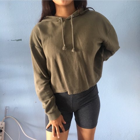 a5e9a2c68cf @angiee_ee. in 22 hours. Los Angeles, United States. H&M hooded croptop in olive  green