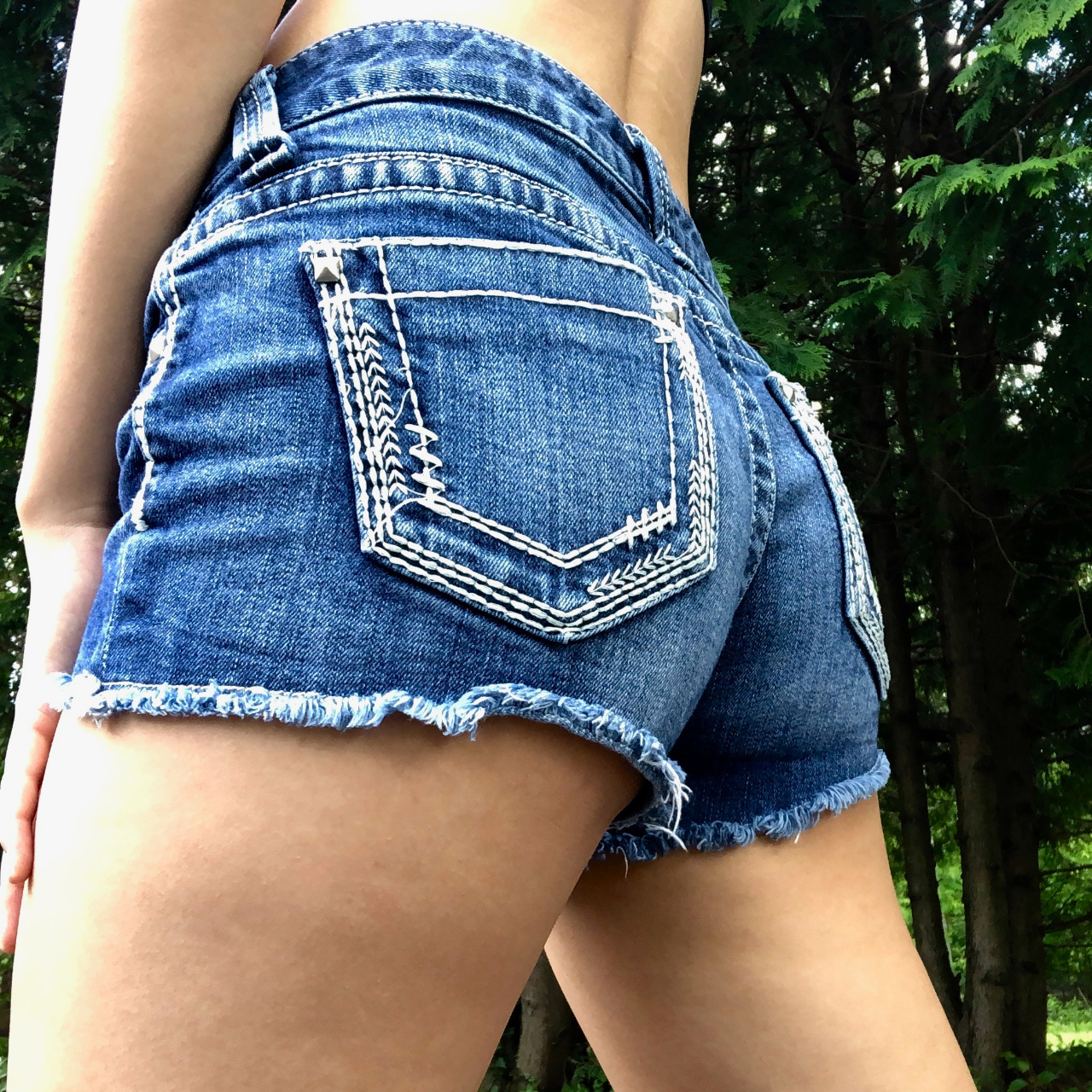 Product Image 1 - 2010's Daytrip Low Waisted Shorts! jean