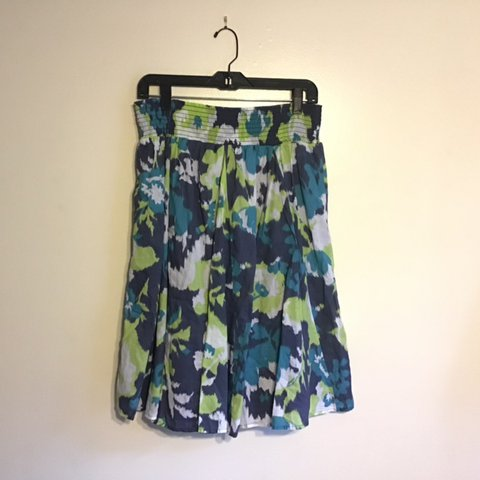 d78f795d79 Merona blue and green abstract floral skirt. 100% cotton. M. - Depop