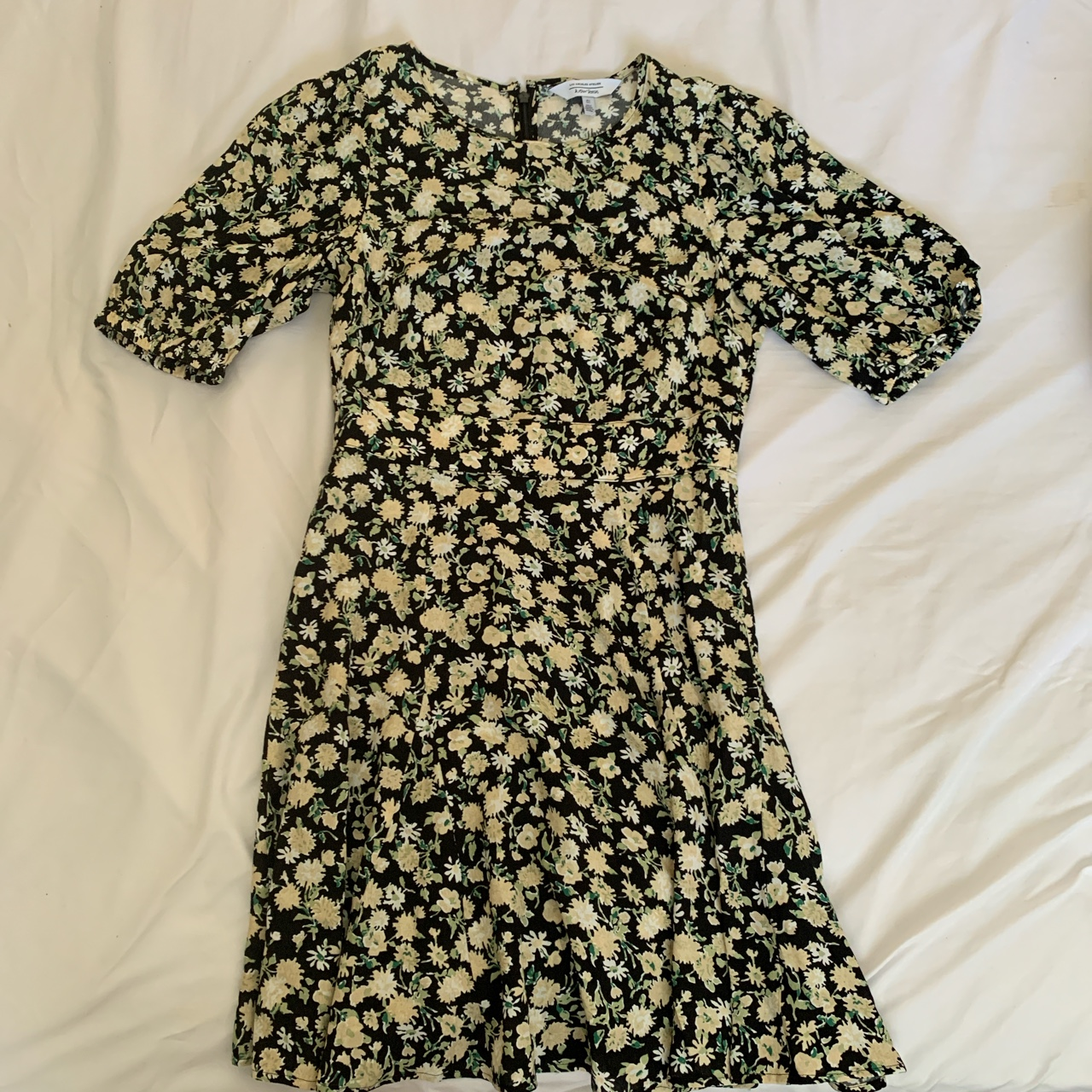 Product Image 1 - &other stories floral dress  Size