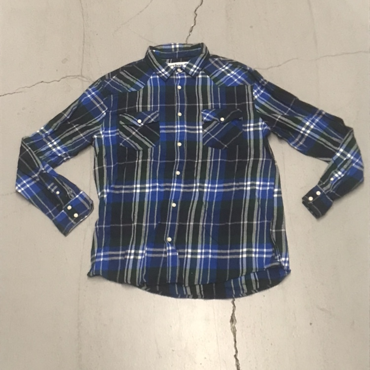 Product Image 1 - Blue/green flannel  . . .  Brand: Urban