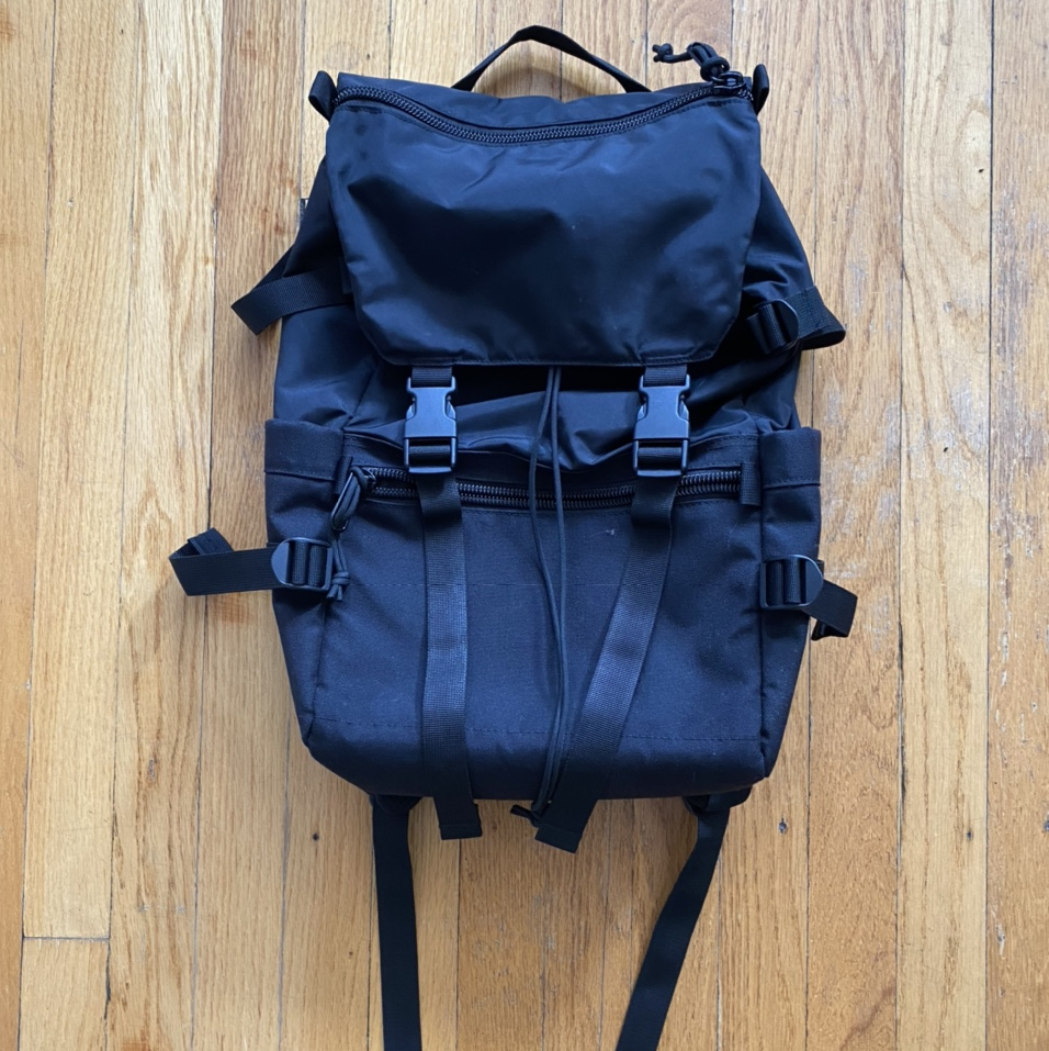 """Product Image 1 - Topo Designs """"Classic Rover"""" 20-liter"""