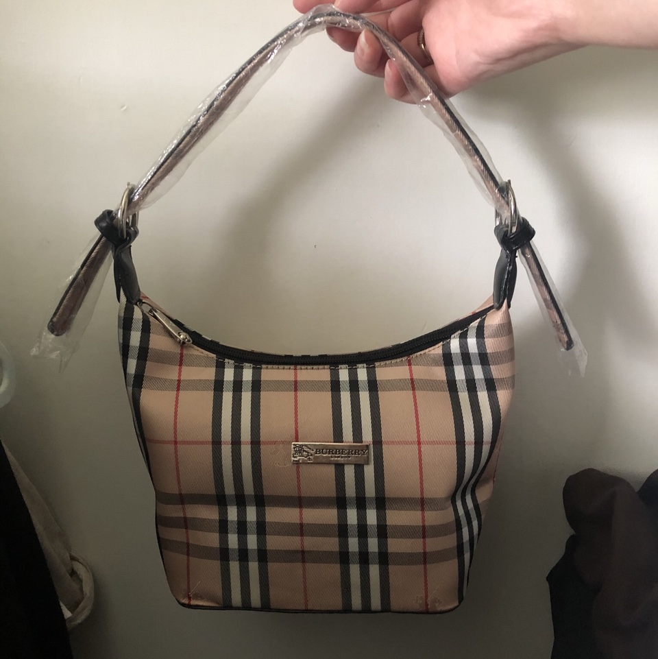 Product Image 1 - Burberry shoulder bag ‼️not authentic‼️ -never worn -adjustable