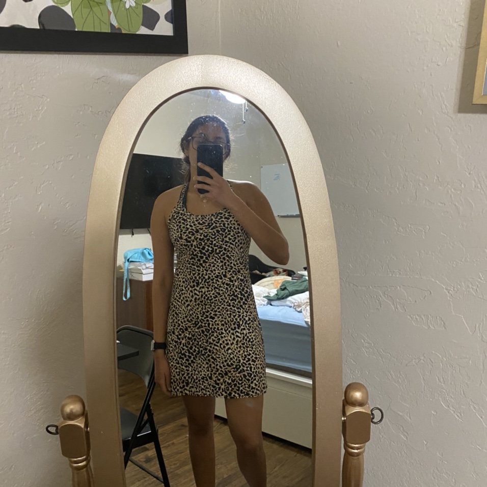 Product Image 1 - Outdoor voices leopard dress size
