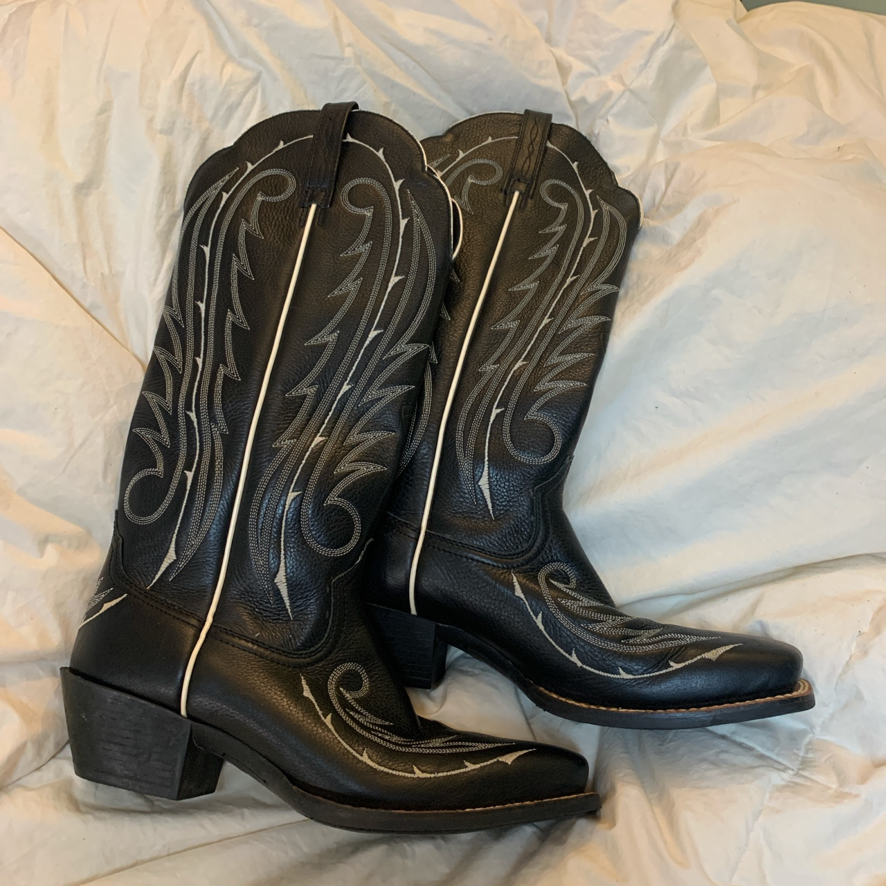Product Image 1 - Sassy Black Western Boots  Stacked