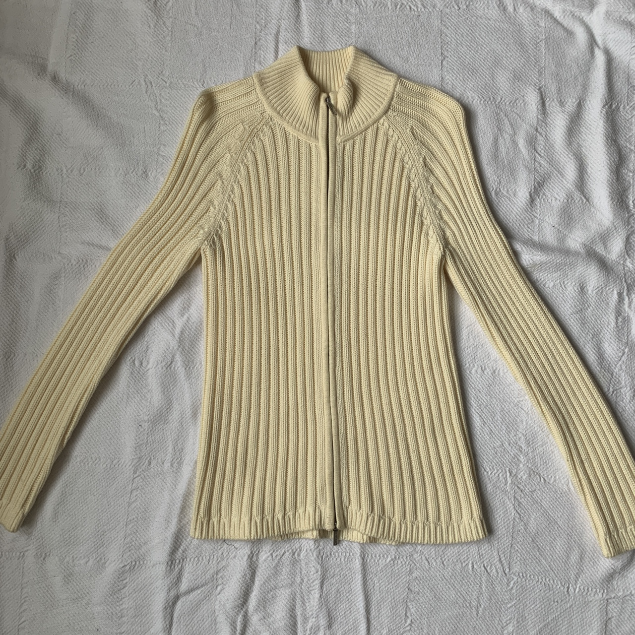 Product Image 1 - Gorgeous zip up sweater from