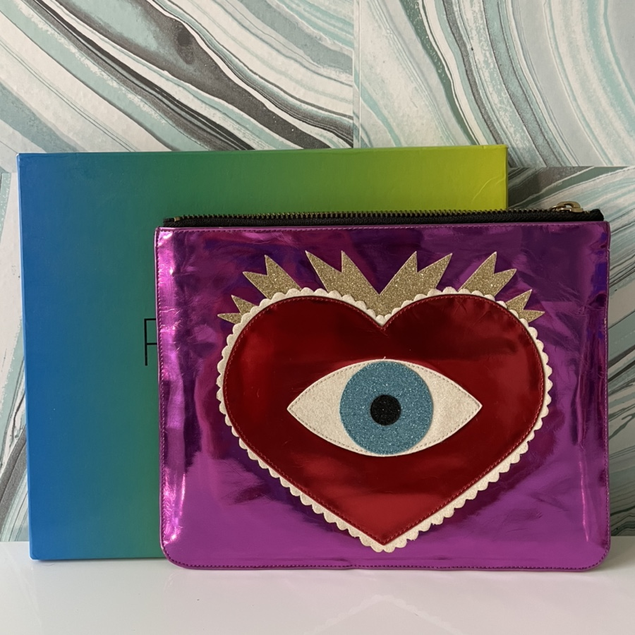 Product Image 1 - Poppy Lissiman heart and evil