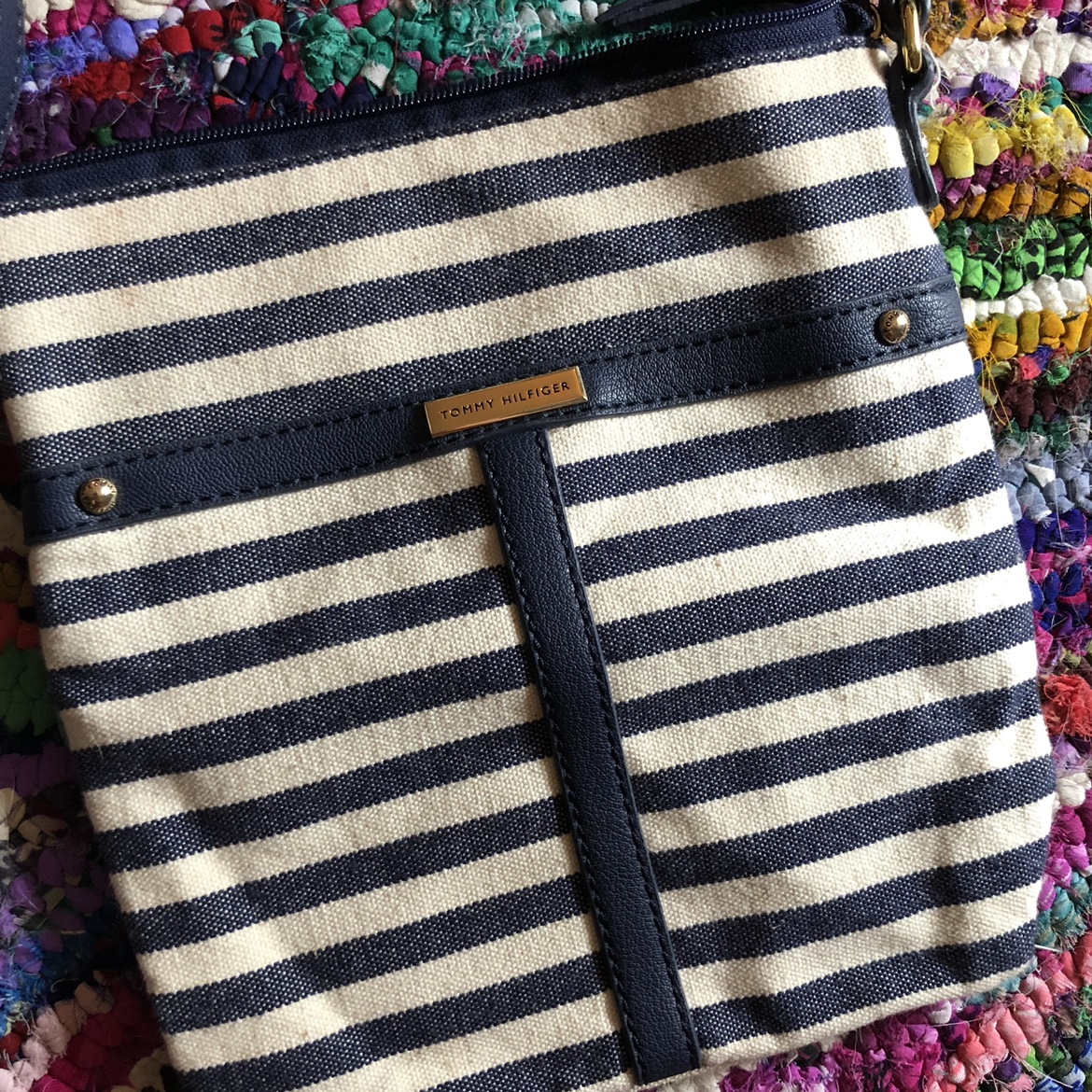 Product Image 1 - Tommy Hilfiger navy and off-white