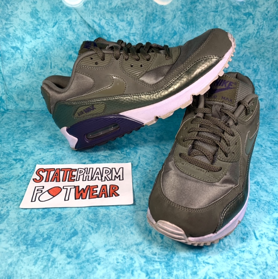 Product Image 1 - Preowned Olive Nike Air Max