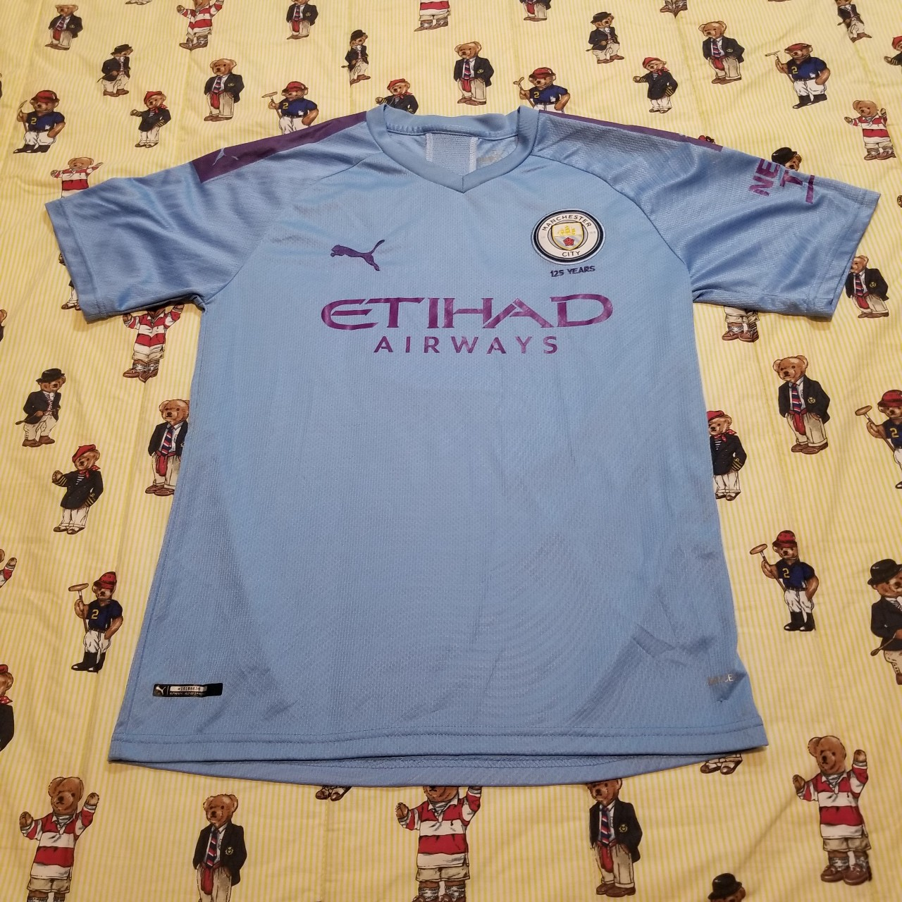 Product Image 1 - Puma Manchester United Soccer Jersey  In