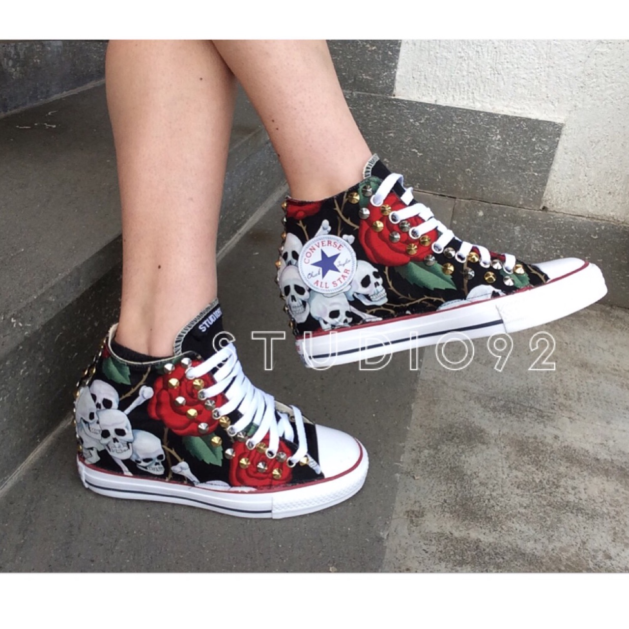 all star converse nere alte borchie