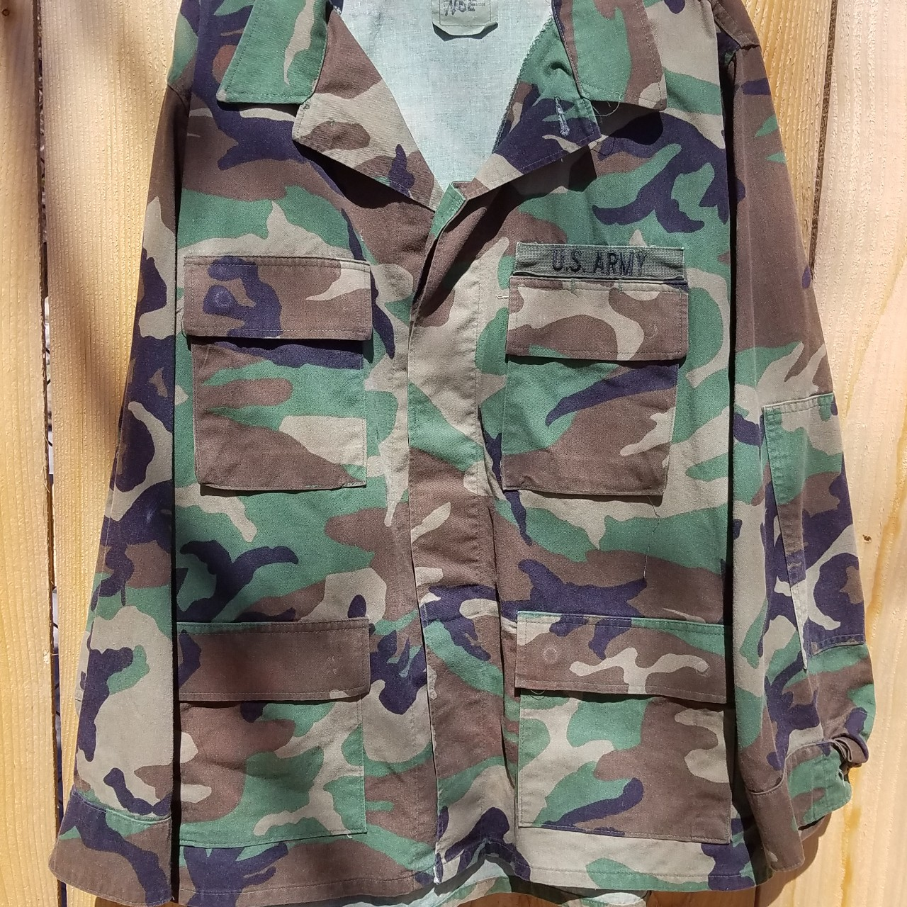 Product Image 1 - Vintage army camo button down