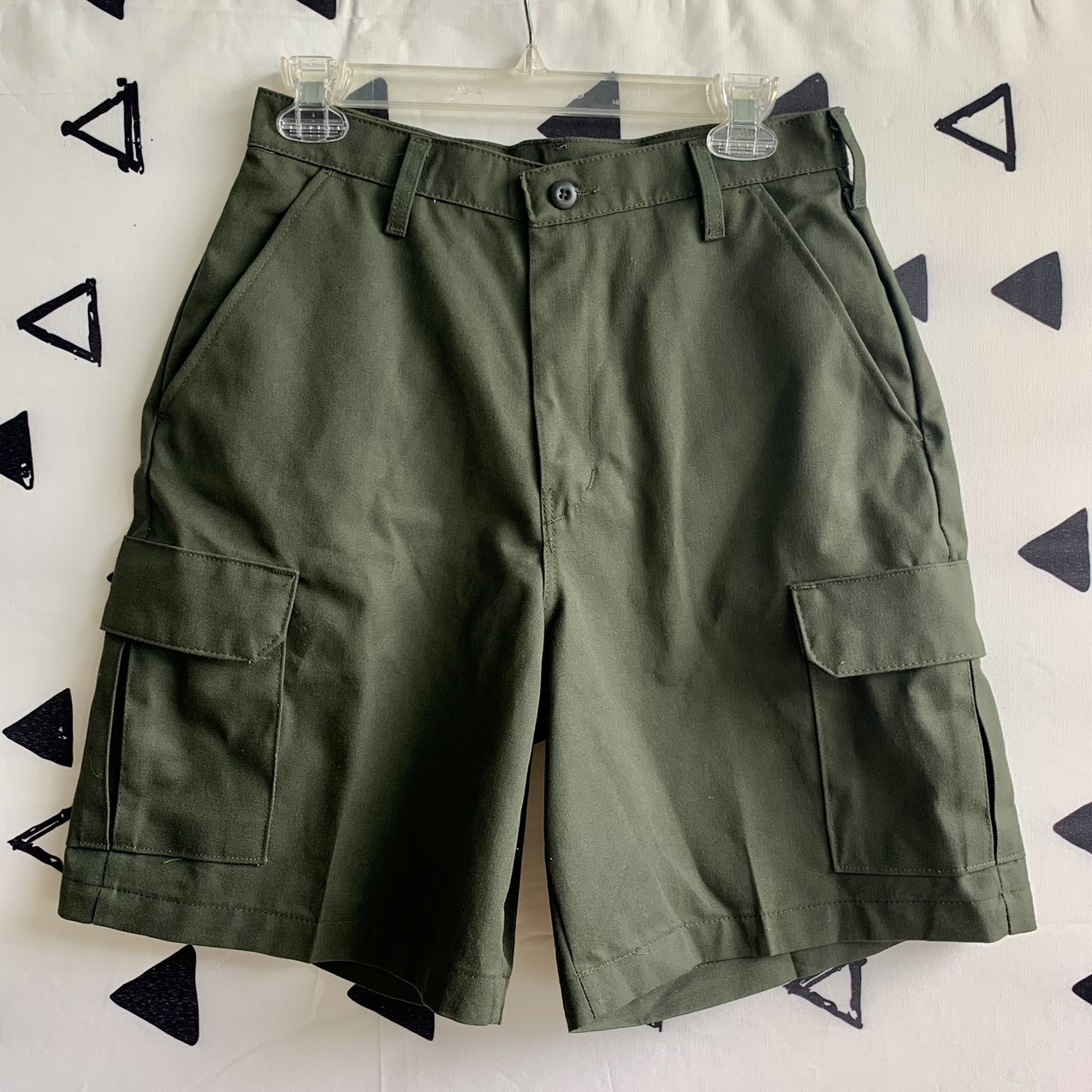 Product Image 1 - Cargo shorts  Dark green color Dead