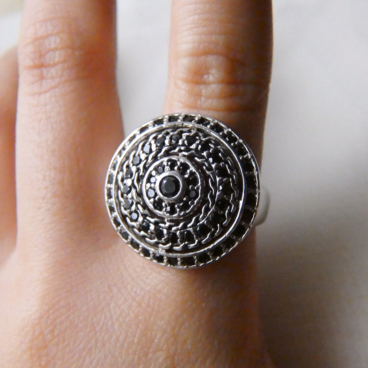 Product Image 1 - Weaved Disc Ring  Rhodium plated sterling