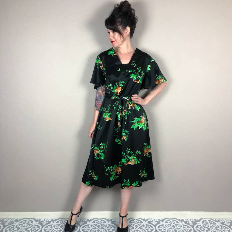 Product Image 1 - Vintage 1960s dress. Black with