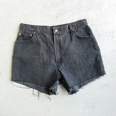 b7fa4f62 @blkwidowcaylpso. in 14 hours. Austin, Texas, US. Vintage dark wash Levi's  550 Size 16 Cutoff jean shorts. Great vintage condition ...