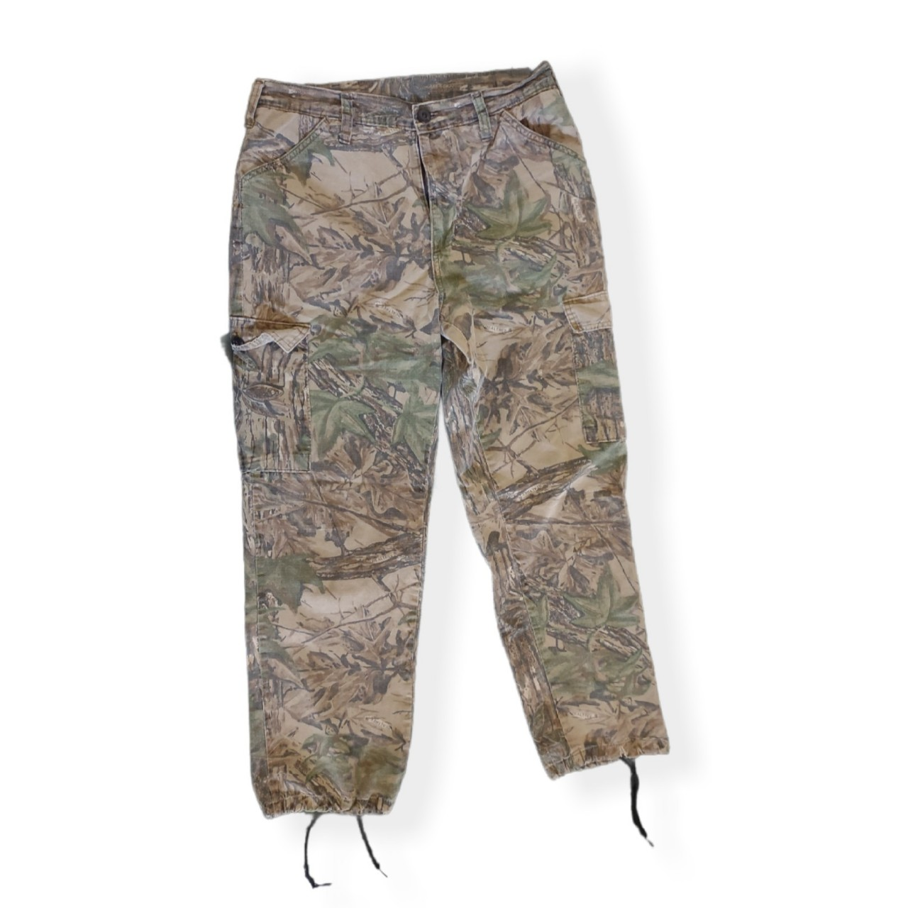 Product Image 1 - Thrashed distressed realtree camo cargo