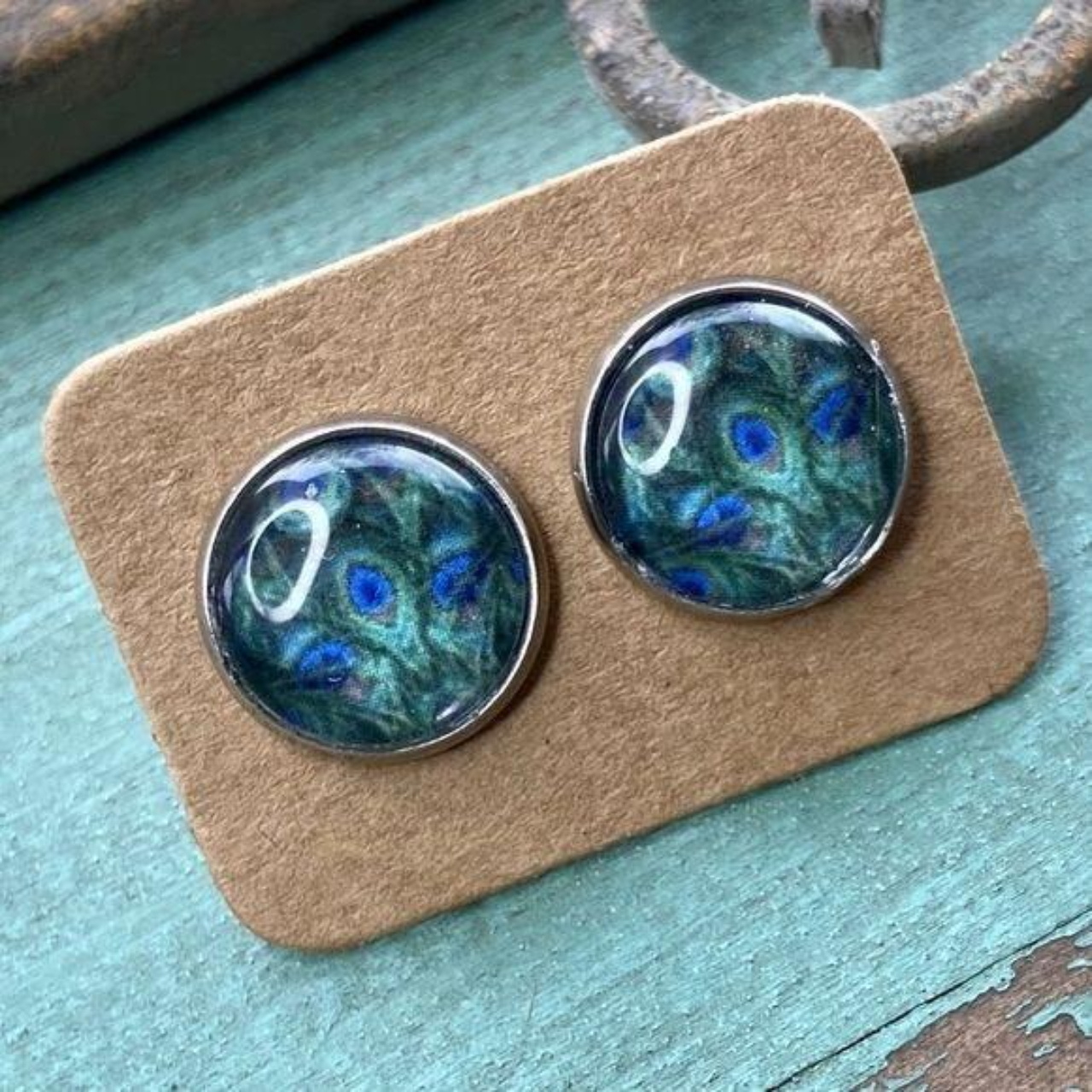 Product Image 1 - Cabochon stud earrings in iridescent