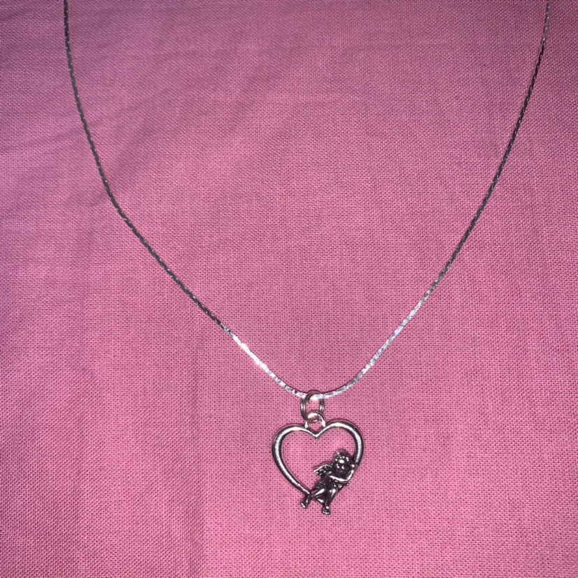 Product Image 1 - ANGEL HEART NECKLACE. Silver chain