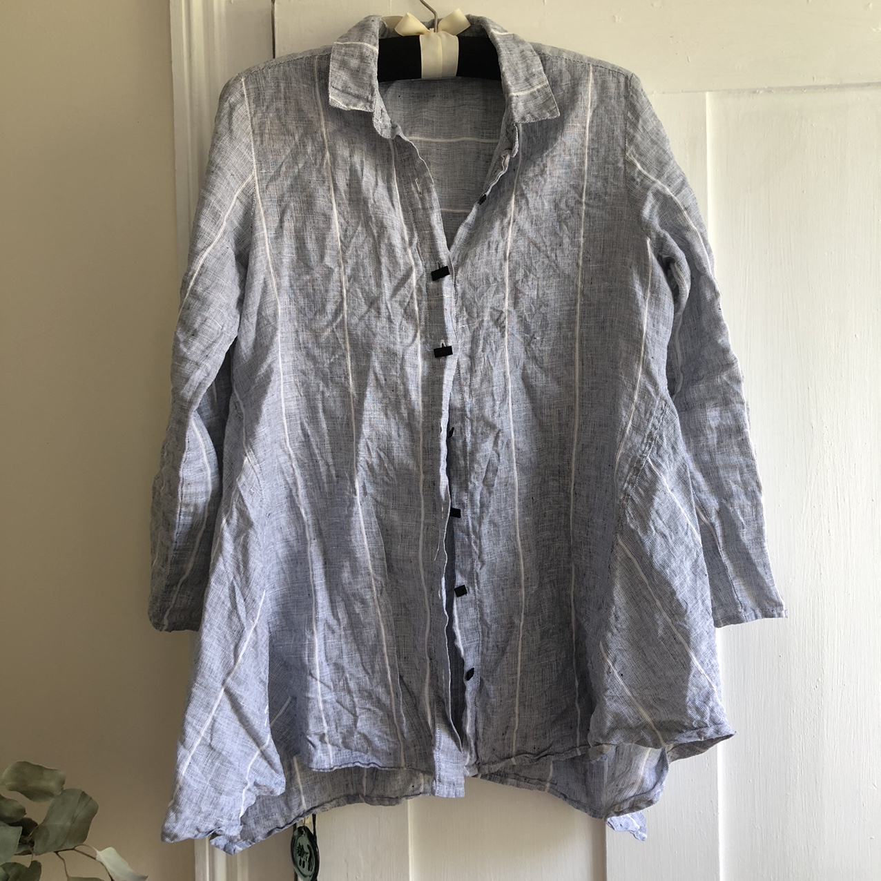 Product Image 1 - white striped grey linen shirt.