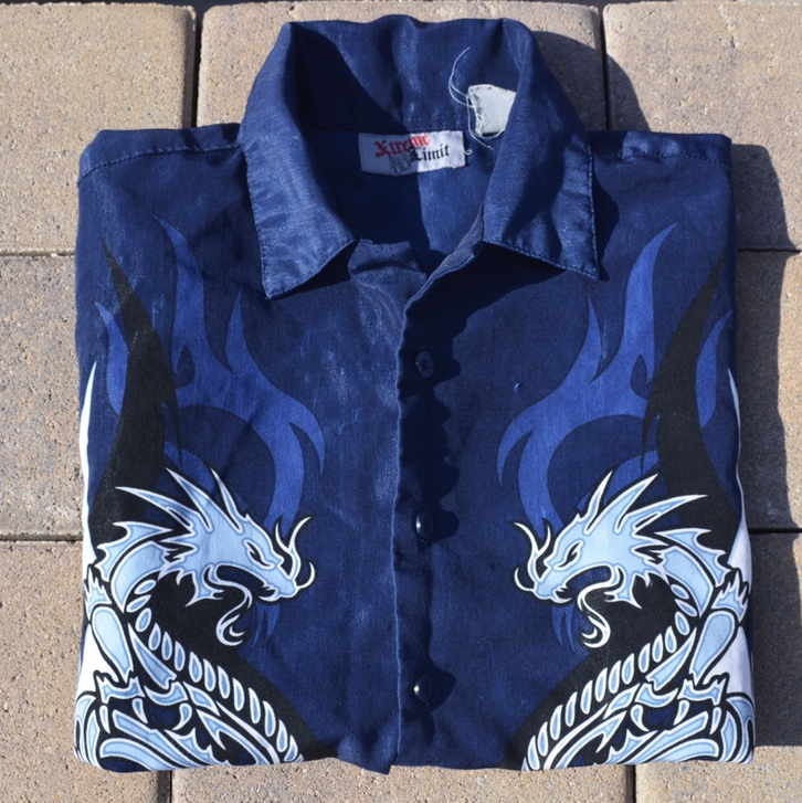 Product Image 1 - Vintage 90s Button up tee! Missing