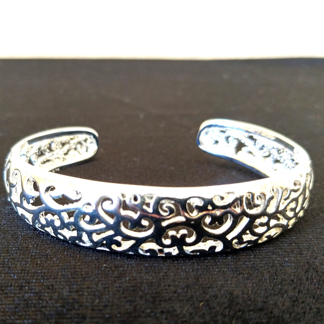 Product Image 1 - Brand New  Silver 925  Beautiful bangle with