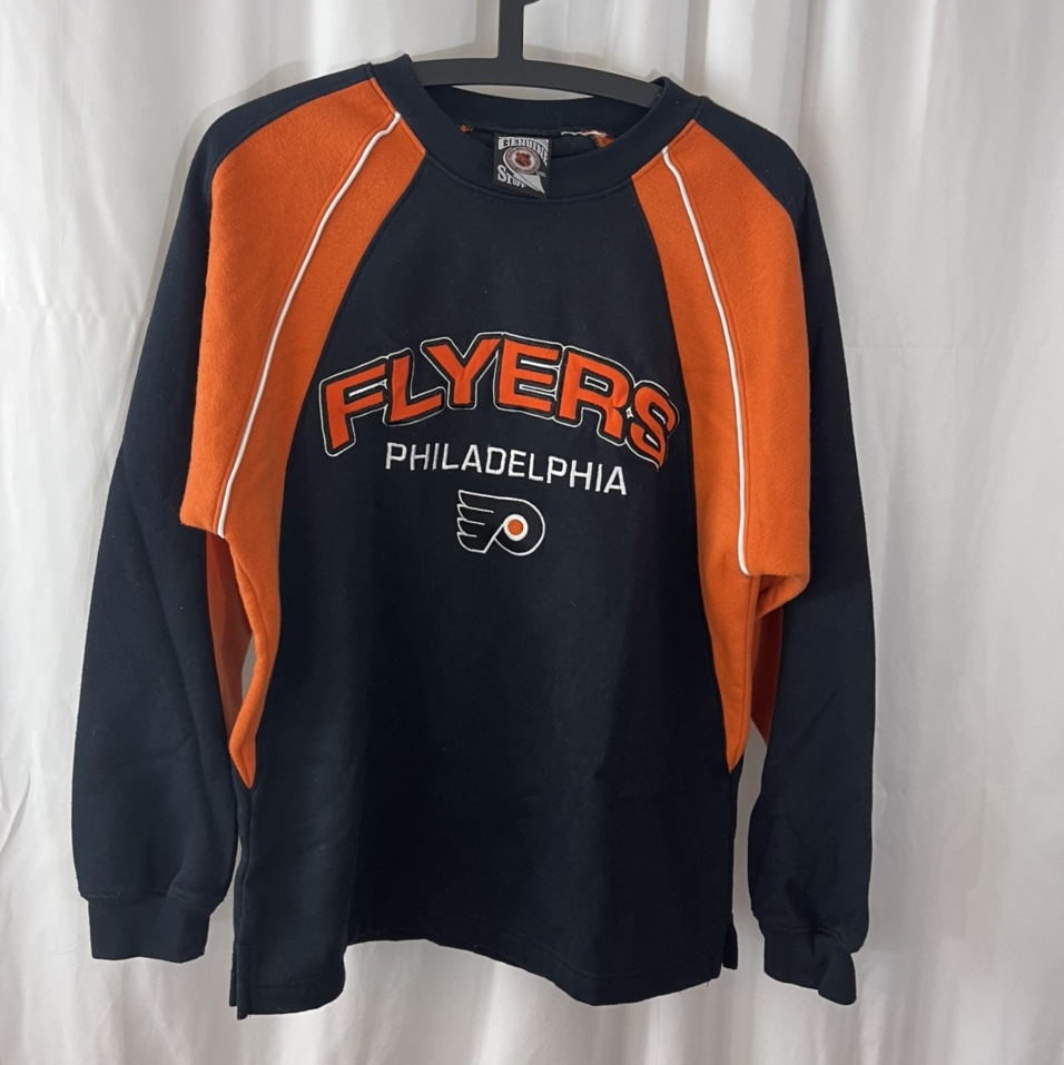 Product Image 1 - Philadelphia Flyers Embroidered logo and