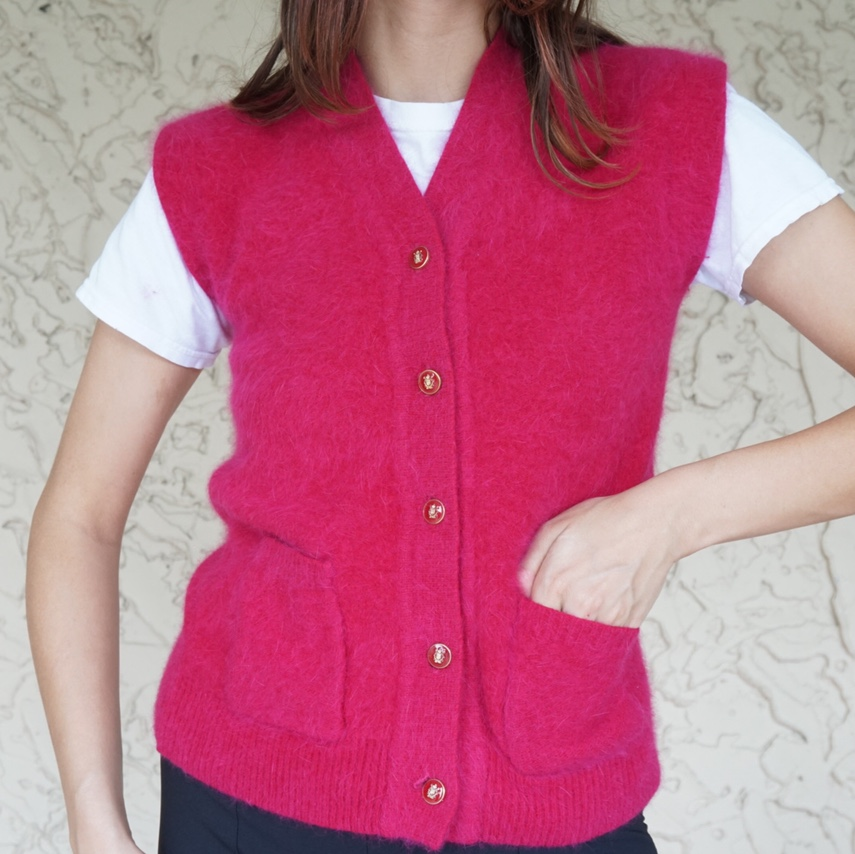 Product Image 1 - ABSOLUTELY GORGEOUS VINTAGE MAGENTA FUZZY