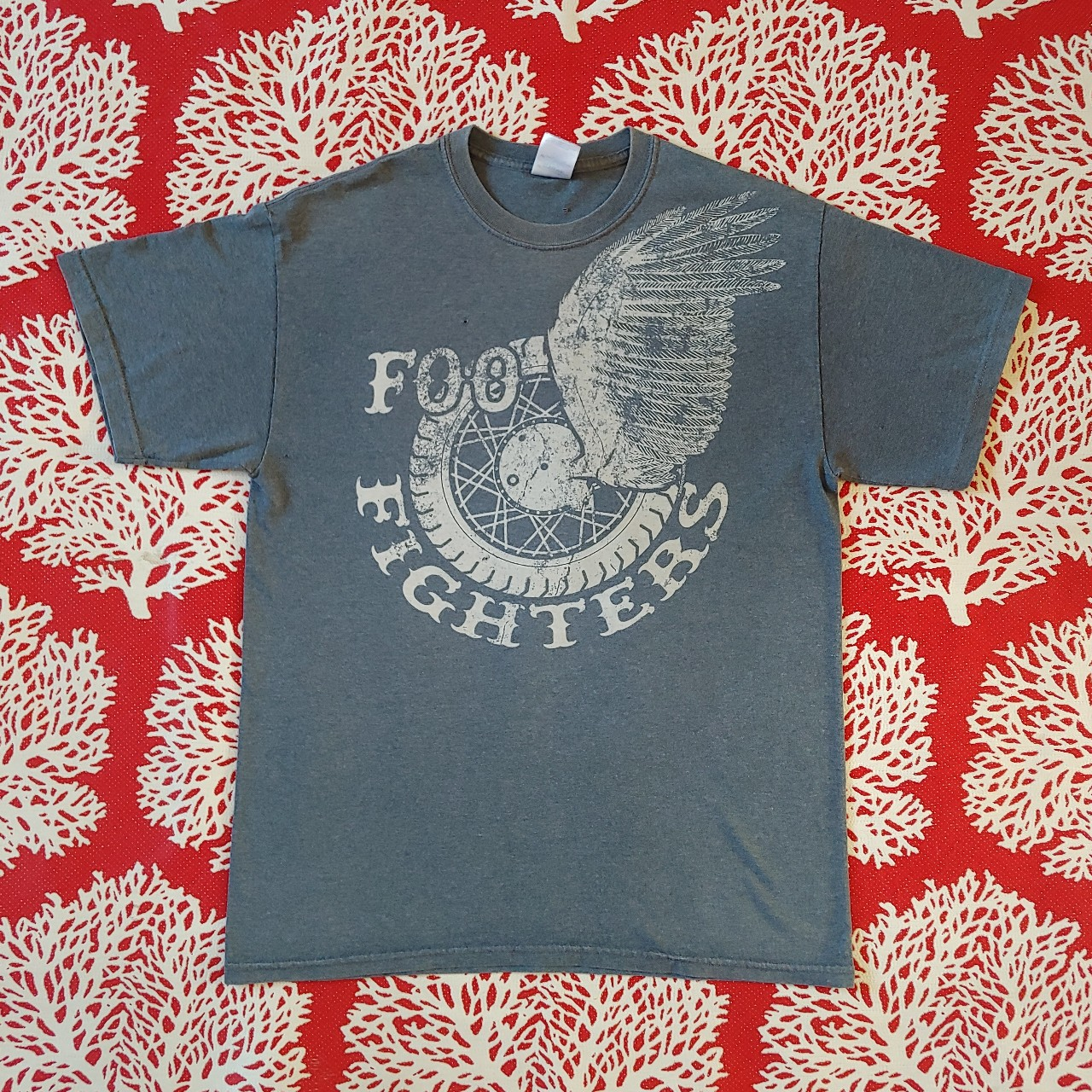 Product Image 1 - Foo fighters t-shirt In good condition Does