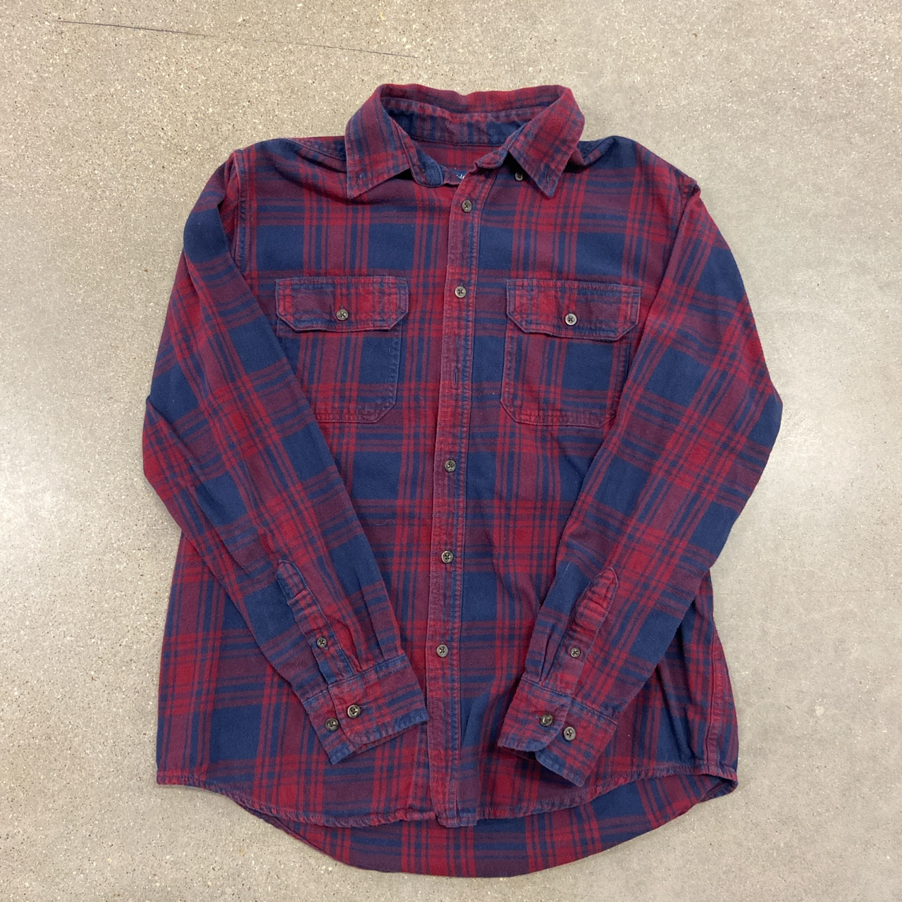 Product Image 1 - Vintage Flannel.  ▫️Medium ▫️20x26 ▫️In good condition.   All items