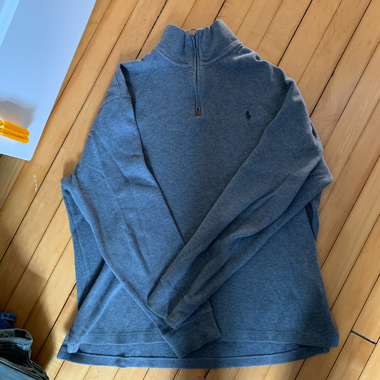 Product Image 1 - Polo zip up fits loose