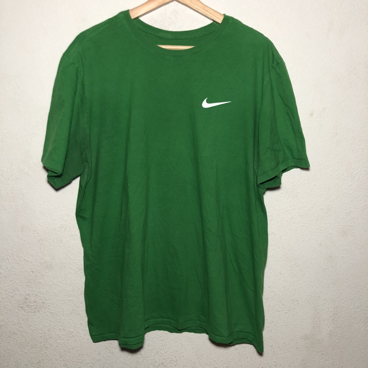 Product Image 1 - Nike T shirt Condition: Preowned Dm for