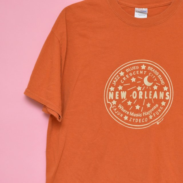 New oreleans t shirt with crescent moon still ill for Shirt printing new orleans