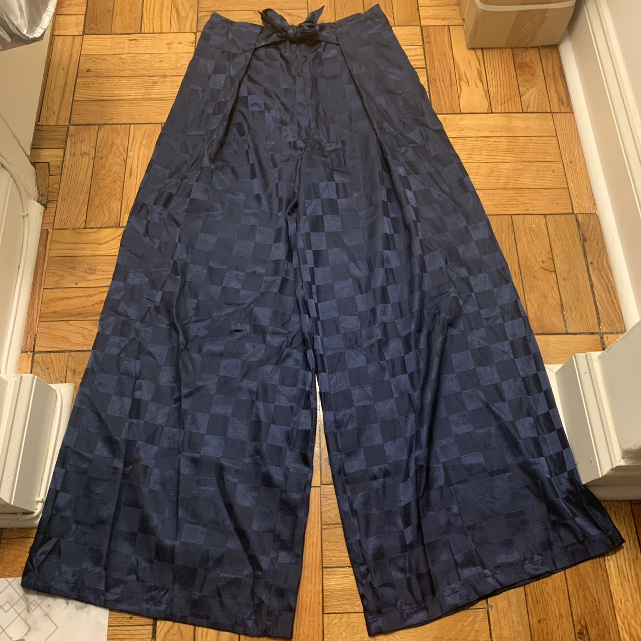 Product Image 1 - URBAN OUTFITTERS NAVY CHECKERED WIDE