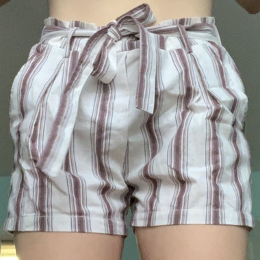 Product Image 1 - paper bag shorts  size L never