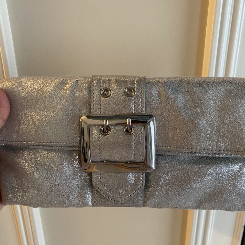 Product Image 1 - Gorgeous silver River island clutch<3