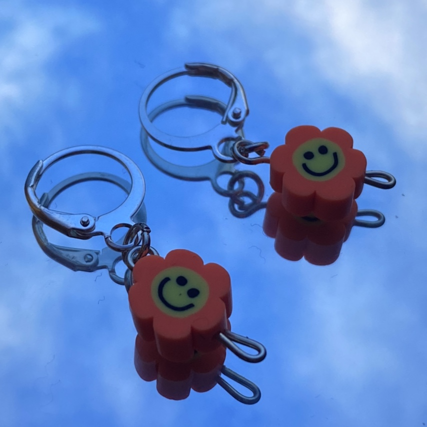 Product Image 1 - smiley face earrings  smiley face