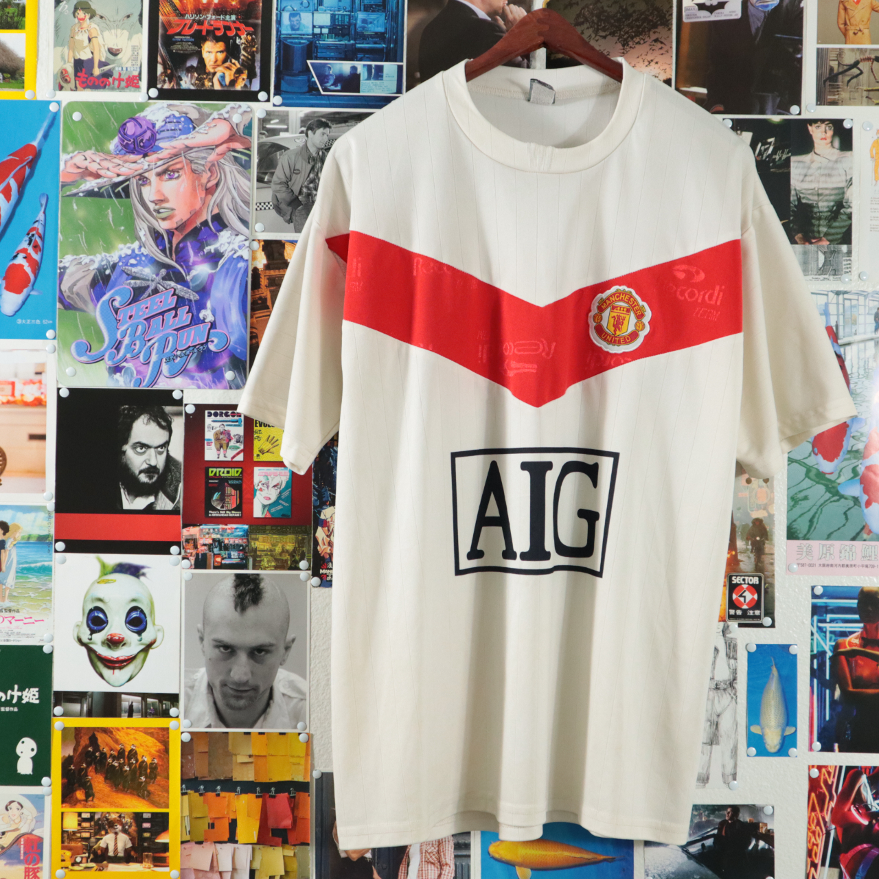 Product Image 1 - Vintage Manchester United Jersey  In Great