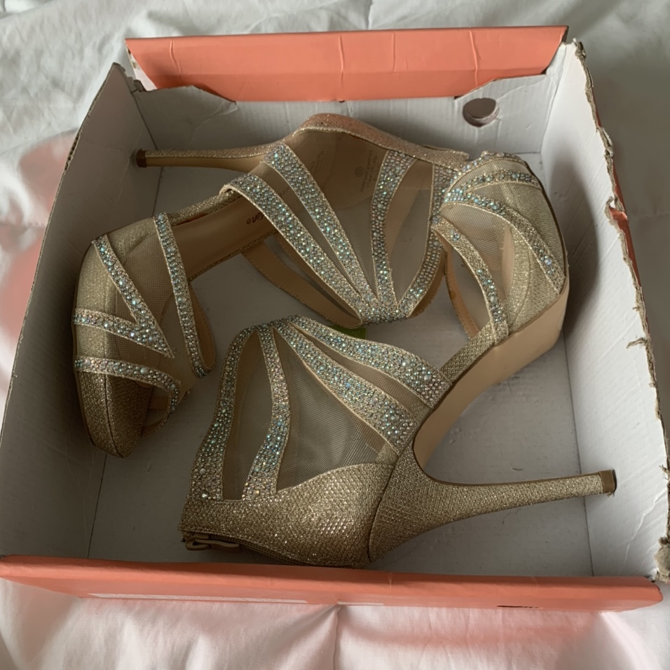 Product Image 1 - Nude heels, sparkly with crystals,