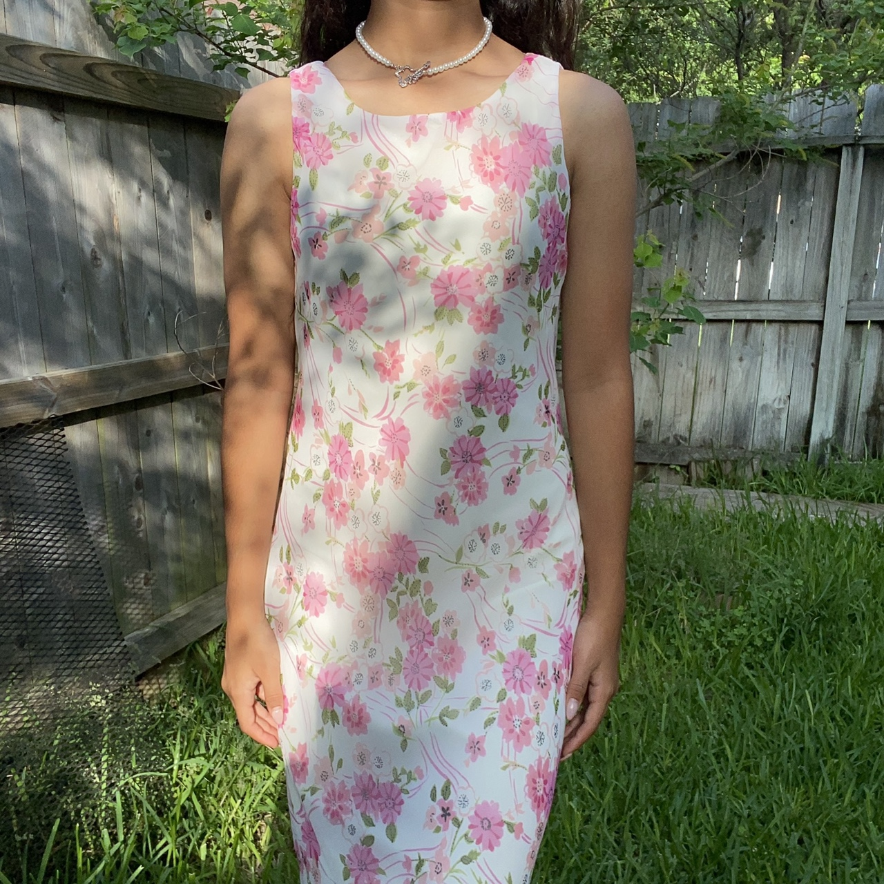 Product Image 1 - -White summer dress with pink