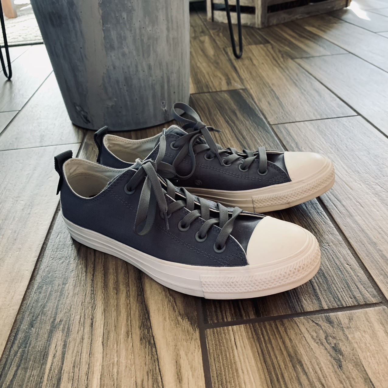 Product Image 1 - Grey and white converse  Just