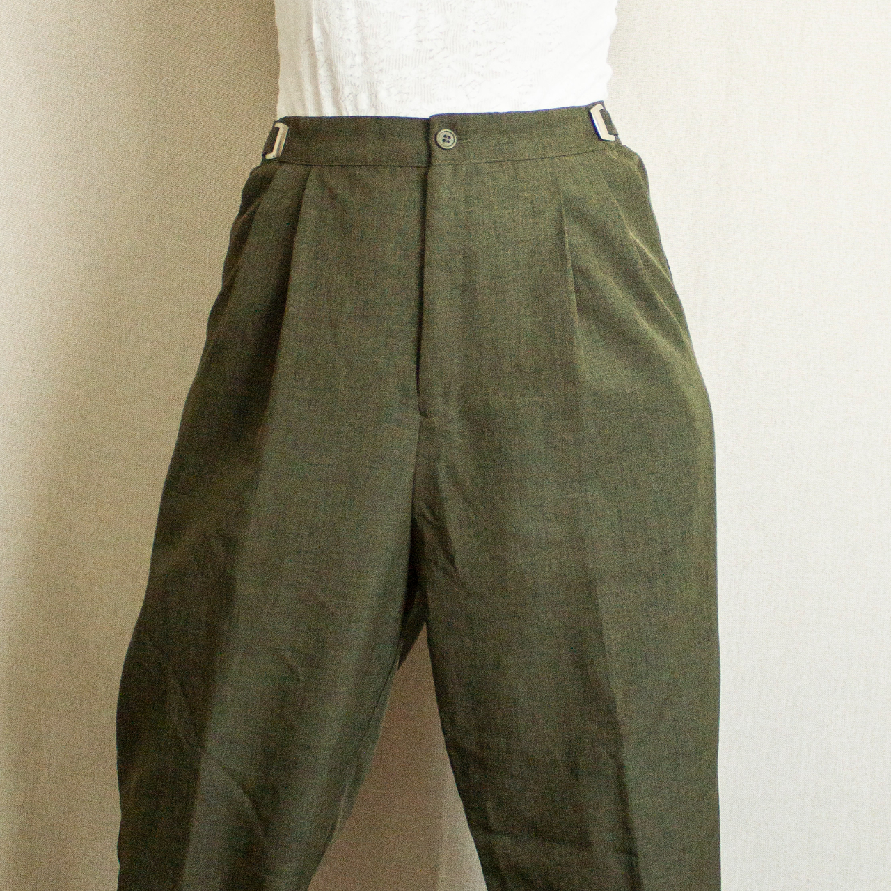 Product Image 1 - Olive green pleated trousers. The