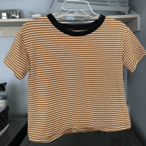 23eeb91ebb7772 @ky_keh. last month. Los Angeles, United States. ORANGE N WHITE STRIPED  SHIRT -good condition -thick material