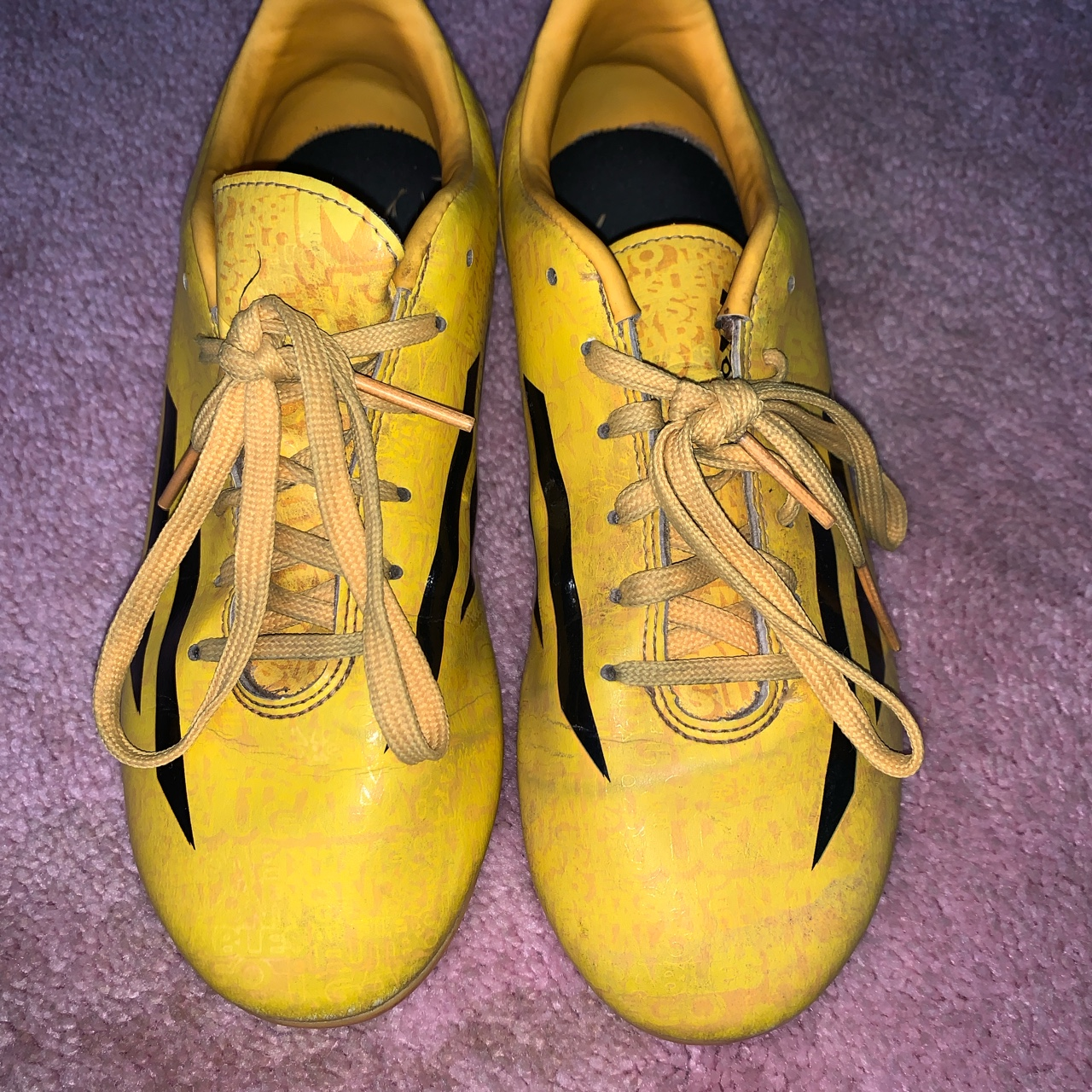 Product Image 1 - Yellow Messi soccer cleats! In