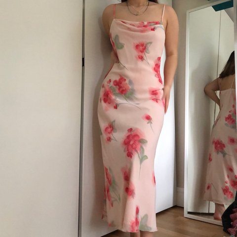 468a18c728 @chels_q_w. 16 days ago. Altrincham, United Kingdom. Another stunning floral  cowl neck maxi / midaxi dress