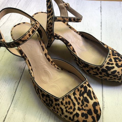 dfbf3fe1c62e @weejen80. 22 days ago. Glasgow, United Kingdom. Mango leopard print shoes