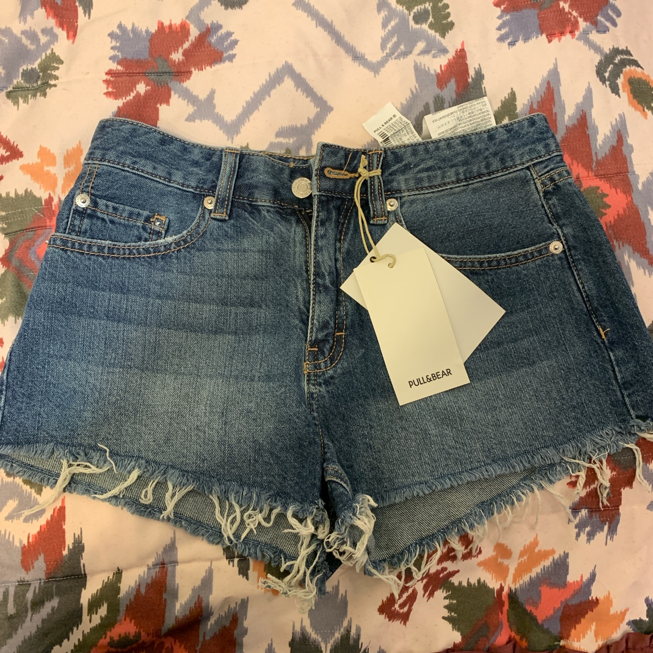 Product Image 1 - NEW pull and Bear shorts