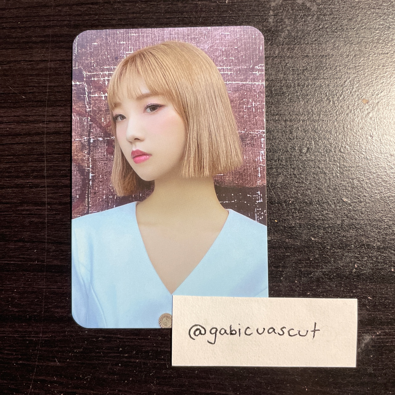 Product Image 1 - WTS LOONA [ 12:00 ]